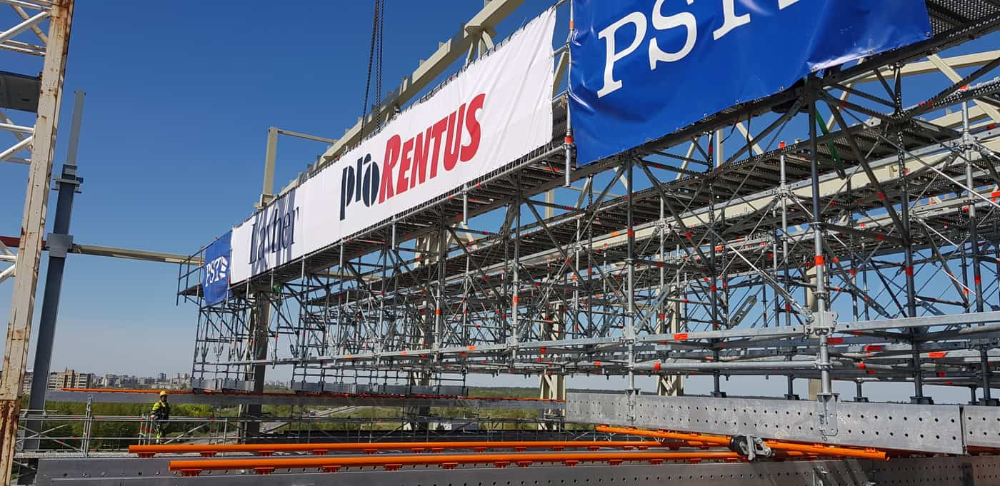 Kaunas CHP Movable scaffold bridge for roof installation Prorentus Layher PST